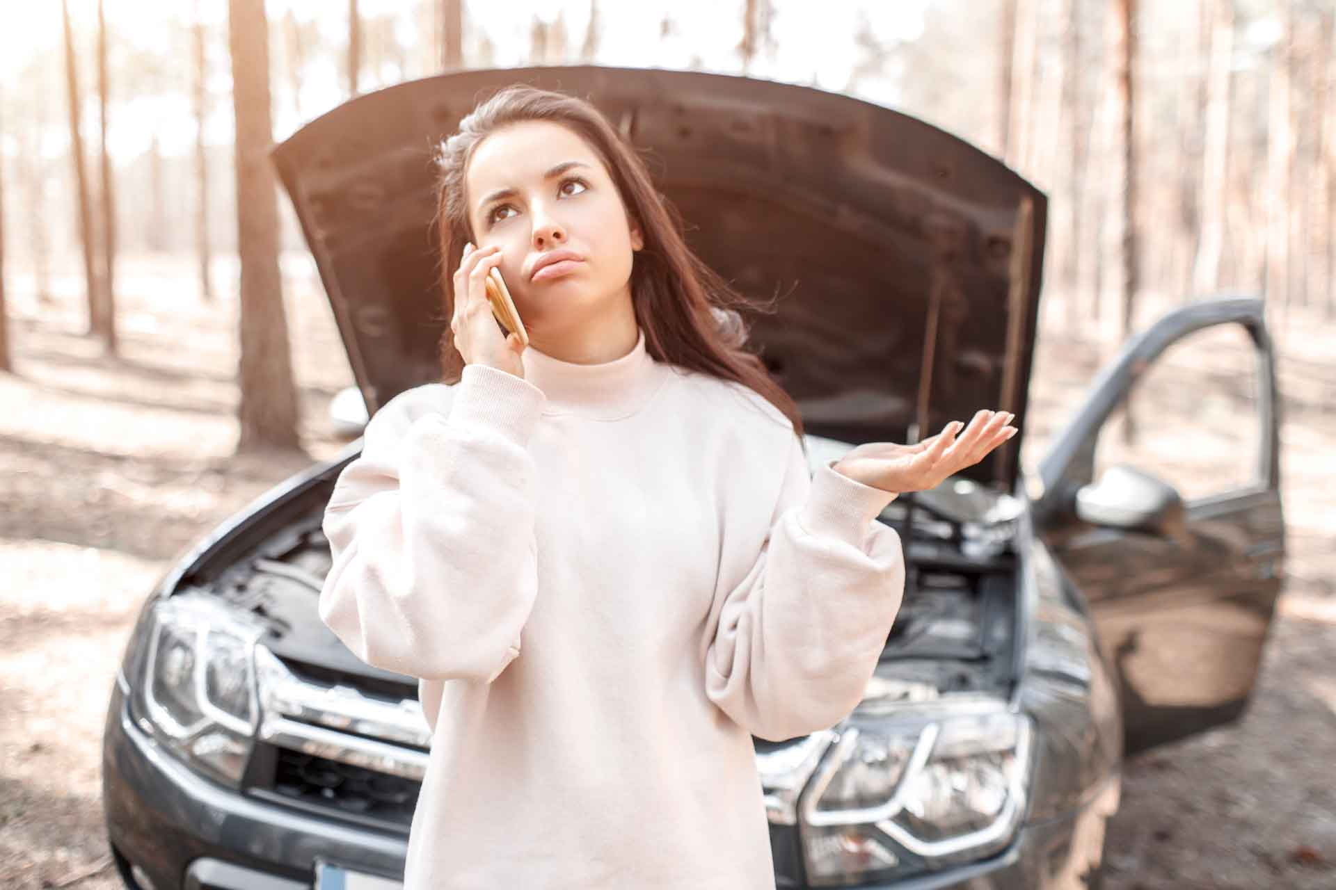 Contact Bowling Green Towing Pros for 24-hour Emergency auto towing service in Bowling Green